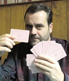 El escritor y periodista David Rubio. © Fotografía: Mauricio Peña.