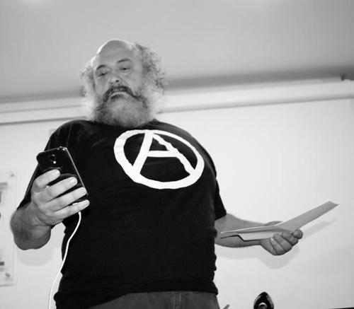 "Felipe Zapico, ""mamífero anartista""."