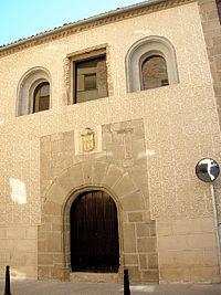 Fachada del Museo de Arte Contemporáneo Esteban Vicente (antiguo Palacio Real de San Martín), en Segovia.