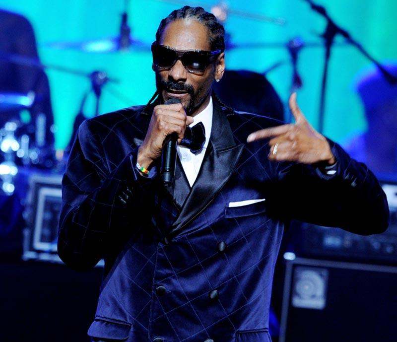 El rap no es música sino poesía, y por eso el rapero recita pero no canta.