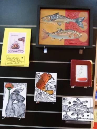 Obras cedidas por artistas para ser subastadas a beneficio de la Semana Salvaxe.
