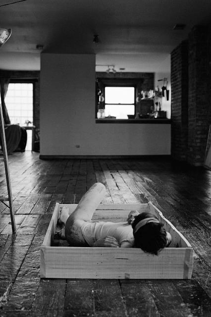 Roberta Lima ReBirth–roken-body (Self-portrait), 2012. Cortesía de la artista