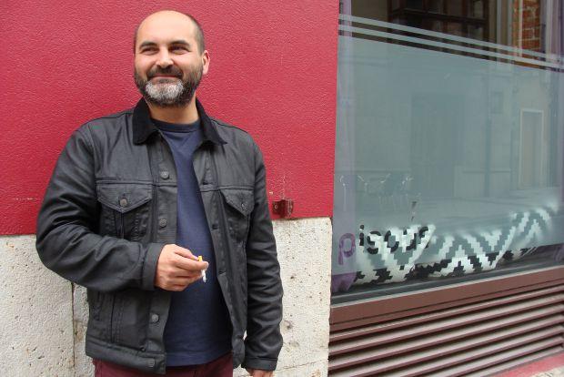 Rubén García, organizador de `¿Todo es poesía?´. © Foto: L. Fraile.