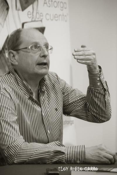 El escritor Fernando Maríasen un momentod de la entrevista