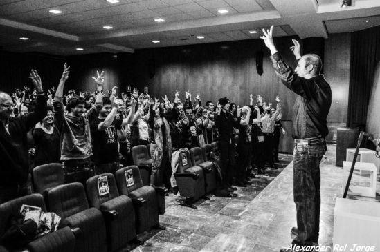 Gabriel Reyes durante la representación de esta obra en la Facultad de Filosofía y Letras. © Fotografía: Alexander Rol.