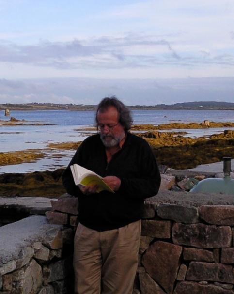 Jean-Yves Bériou, siempre con un libro entre las manos.