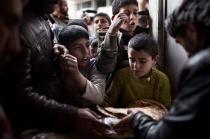 Bread distribution in Kobane