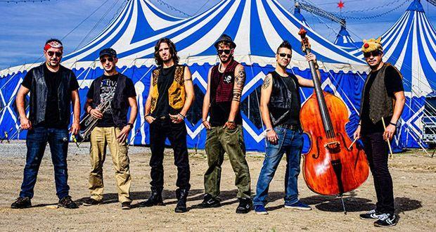 El grupo 'Los vecinos del callejón' actuará el viernes por la noche.