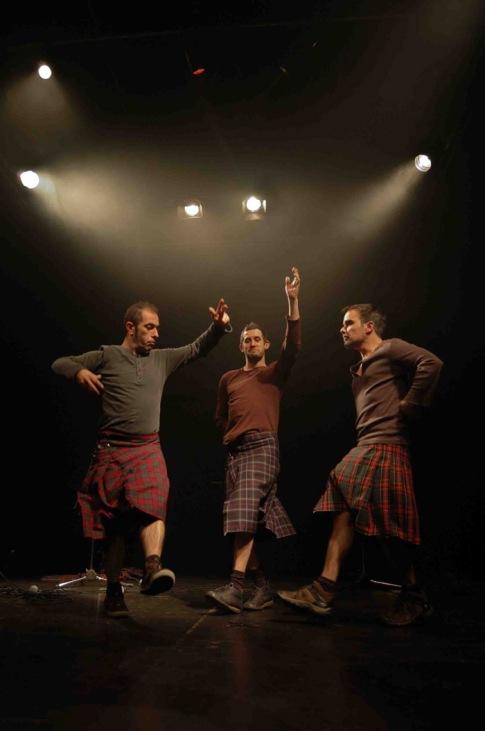 """Companhia do Chapitô y su espectáculo """"Macbeth""""."""