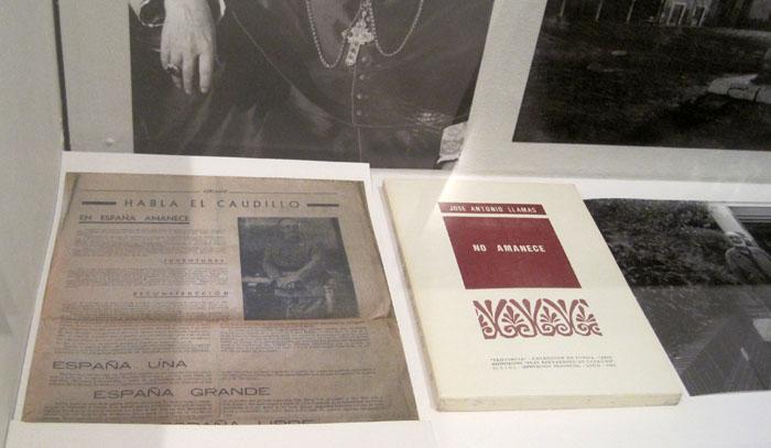 Documentos y libros sobre Claraboya. © Fotografía: E. Otero.