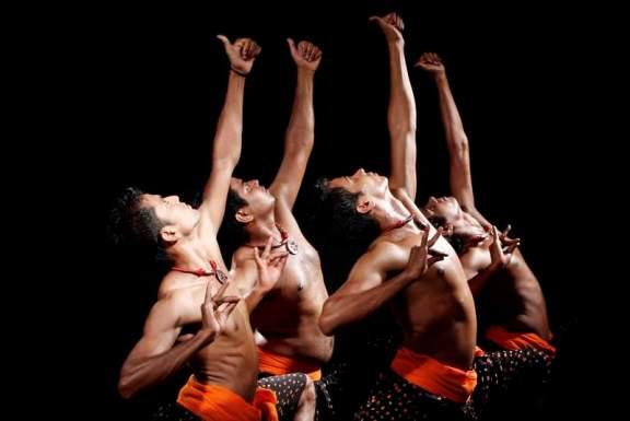 Compañía Anil Panchal Dance Group.