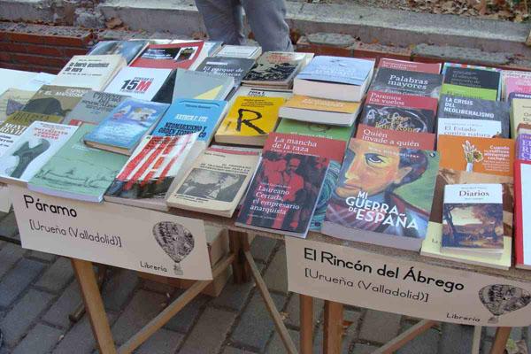 Las librerías Páramo y El Rincón del Ábrego también participan en este encuentro. Foto: L. F.