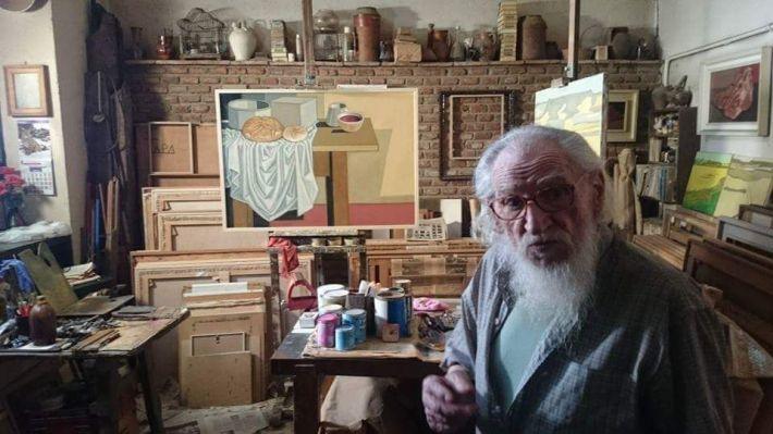 Félix Cuadrado Lomas, en su estudio de Simancas. © Fotografía: Arturo Dueñas.
