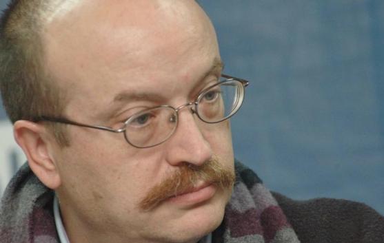 El poeta y crítico vallisoletano Miguel Casado.
