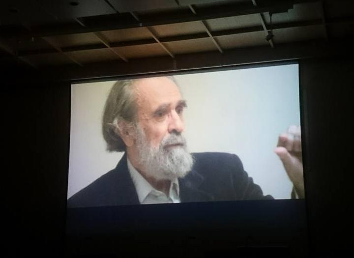 """Isidoro Valcárcel Medina en el documental """"No escribiré arte con mayúsculas""""."""