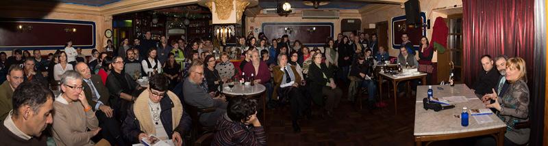 El Gran Café de León durante la presentación de la novela. © Fotografía: Vicente García.