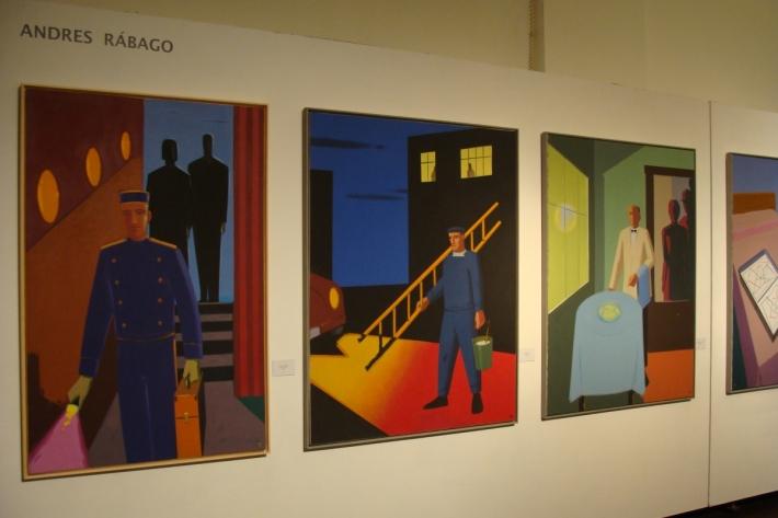 La exposición también reúne una decena de lienzos realizados por este dibujante madrileño. Foto: L. Fraile
