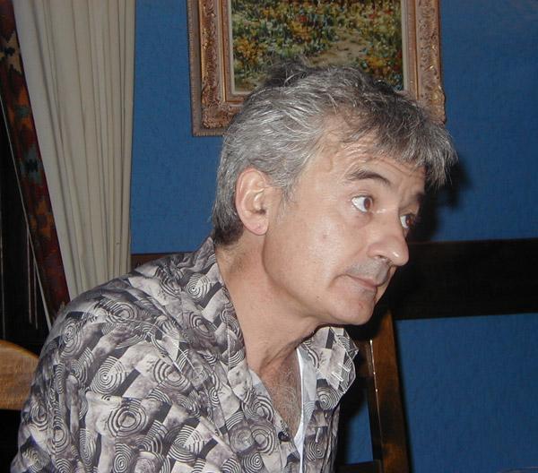 El poeta leonés Jacinto Santos.
