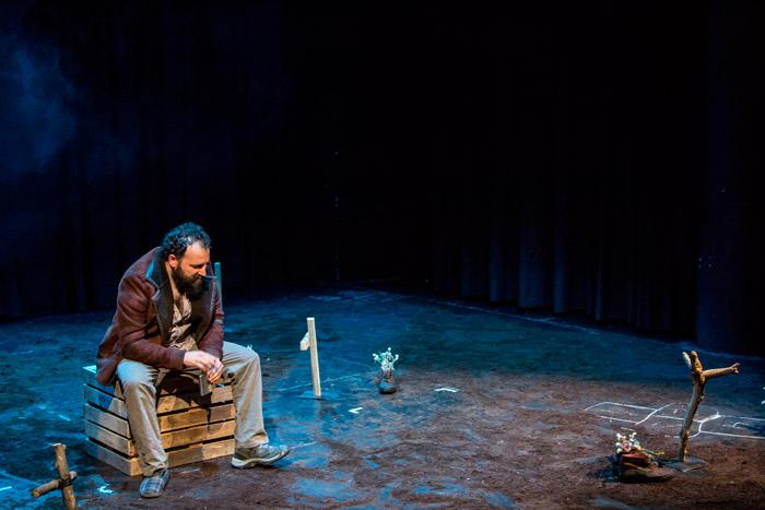 """""""La ciudad sitiada"""". Teatro El Mayal-ULE. © Fotografía: David Gómez."""