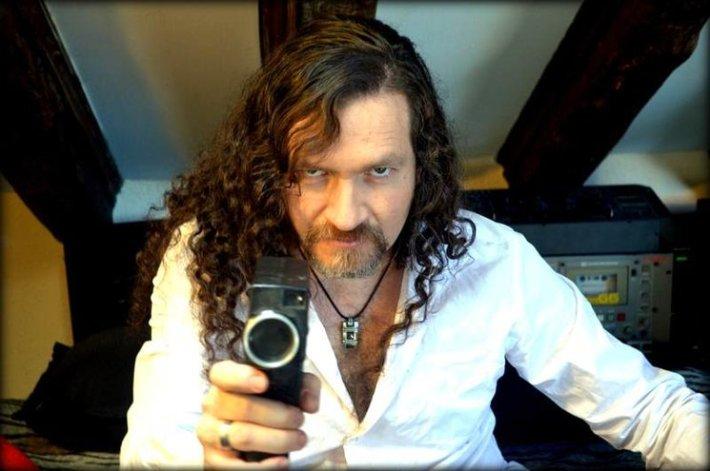 El poeta Antonio Dyaz.