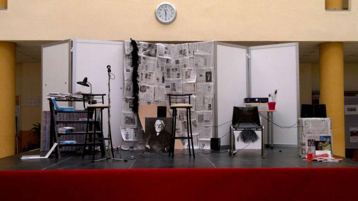 Collage realizado por los alumnos de Filosofía y Letras de la Universidad de León.
