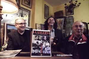 Bruno Marcos, Larsen y Puerto con el nº3 de La Galerna.