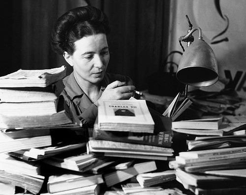 Simone de Beauvoir, Paris, 1930. Fotografía: Denise Bellon.