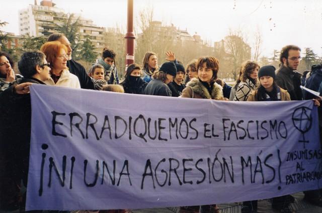 """Concentración Antifascista """"Insumisas al patriarcado.2005. Cortesía Archivo de feminismos León."""