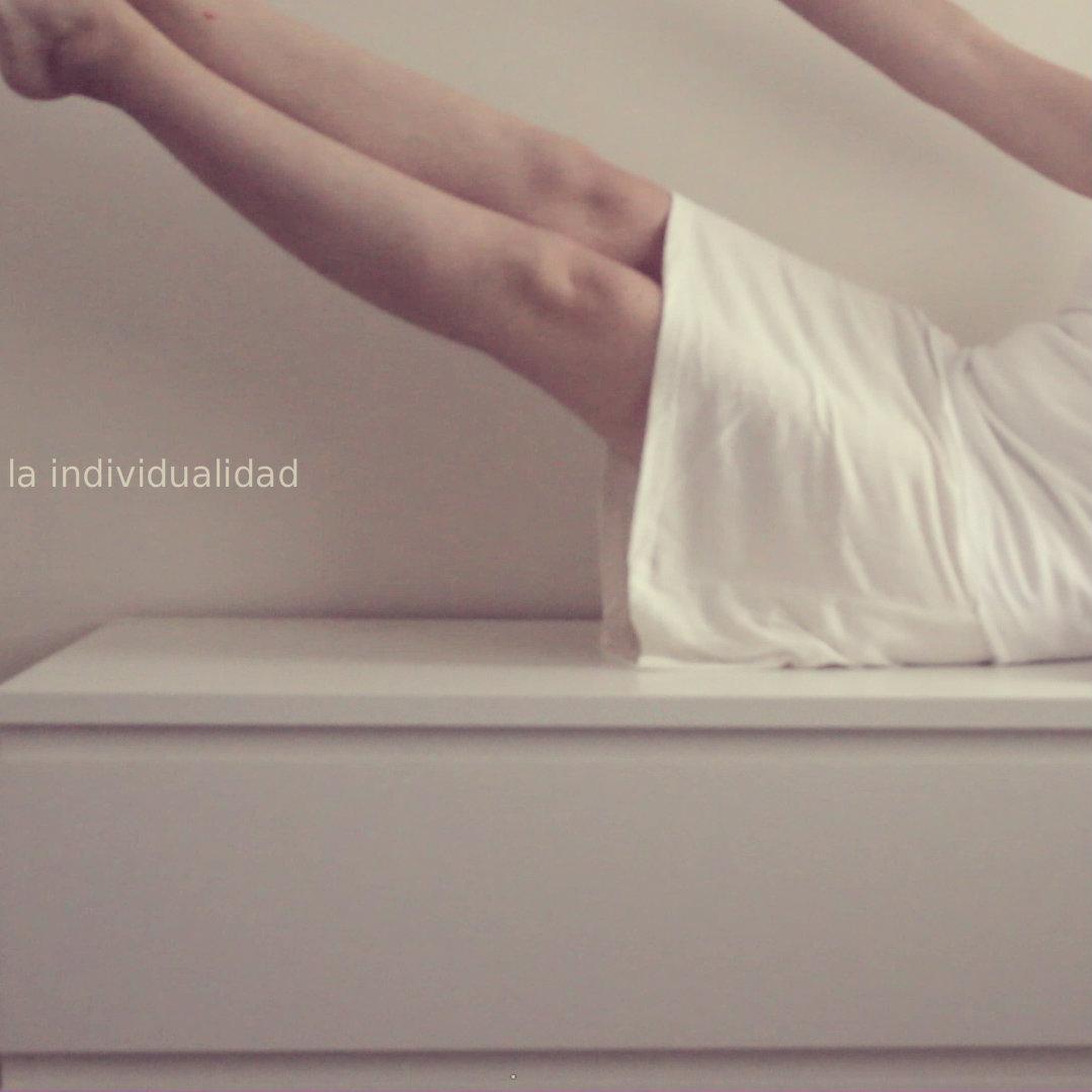 "#Incómodasíntesisdeunapostura / Tema 1: ""La individualidad""."