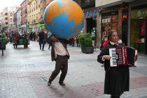 """""""El pequeño circo de la pobreza"""" . Mercucho Producciones. © Fotografía: Juan A. Berzal."""