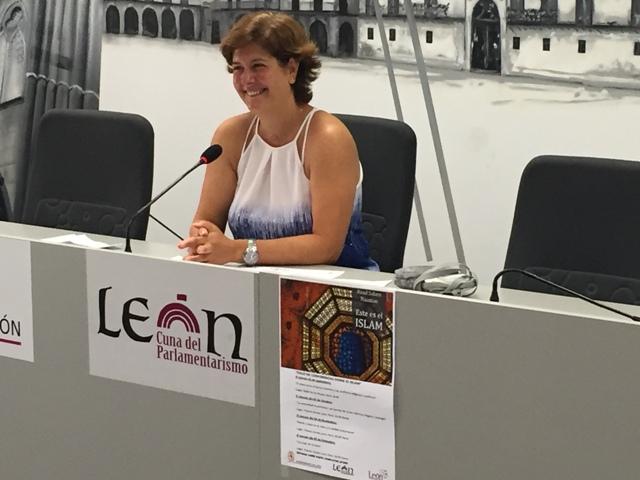 Margarita Torres durante la presentación del ciclo de conferencias.