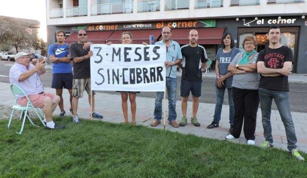 Protesta de camareros por impago.
