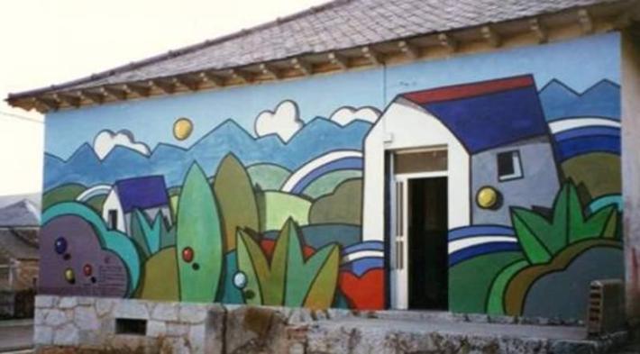 El mural de la Escuela de Piedrafita de Babia.