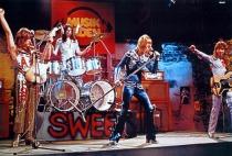 the-sweet%2c-rock-comercial-con-el-encanto-del-exceso