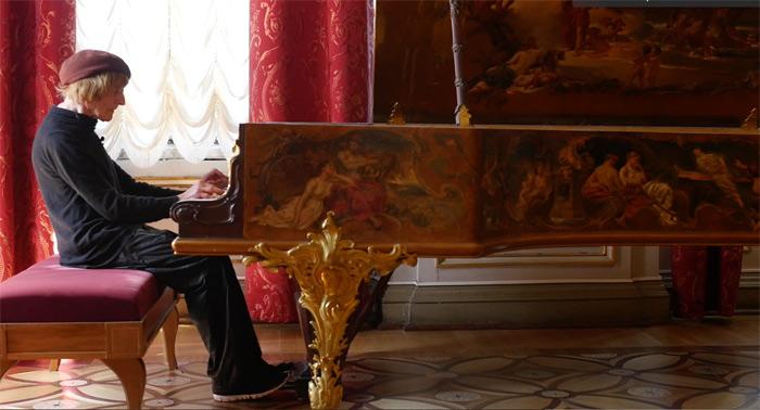 El músico Oleg Karavaychuk en una imagen de la película.