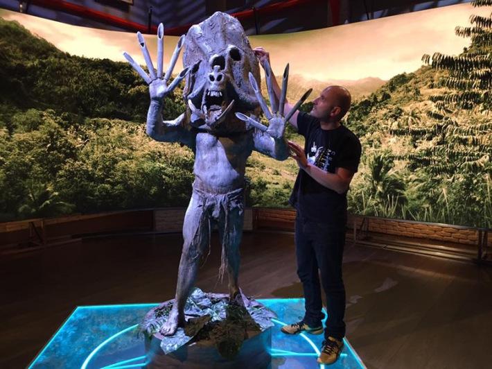Escenografía para el programa de TV Cuarto Milenio. Autor: Juan Villa.