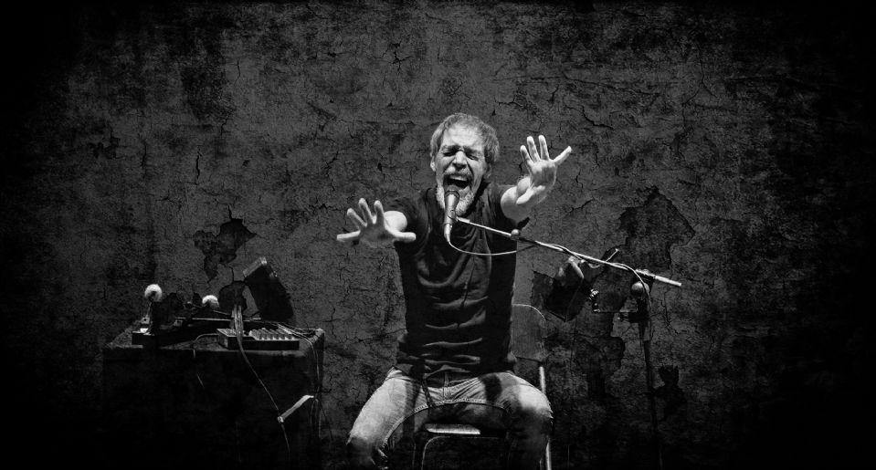 Neønymus. Actuación en el Teatro Principal de Burgos. Fotografía: Alberto Uyarra.