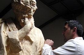 Miguel Ángel Tapia. Talla escultórica.