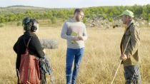 Los investigadores Fran Quiroga y Andrea Olmedo  en Tras os Montes. Fotografía: Cortesía de los artistas