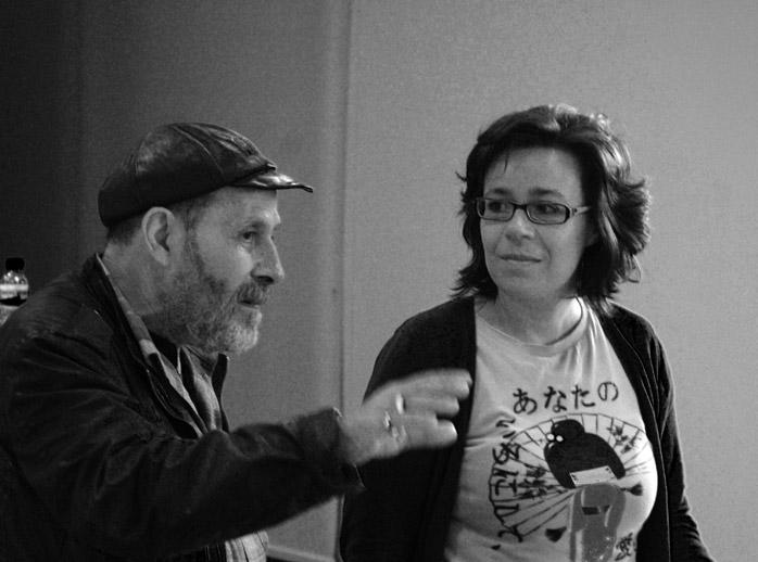 "Karlotti Valle y María do Cebreiro, en la ""Semana da Poesía Salvaxe"" de Ferrol."