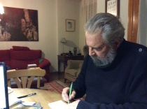 El escritor Tomás Salvador González.