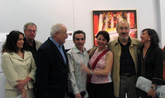Esther, Carlos Pérez-Alfaro, Alejandro Vargas, el dibujante Juan Álvarez, Teresa Jular, Manuel Jular y Toe en el Museo de León.