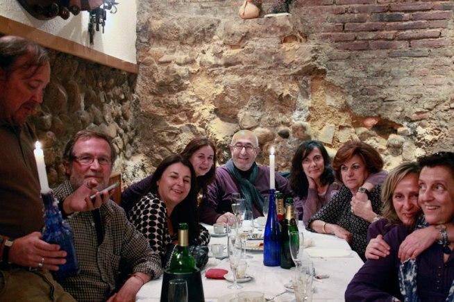 Manuel Jular con su compañera, Toe, sus hijas Teresa y Cristina, y gente querida.
