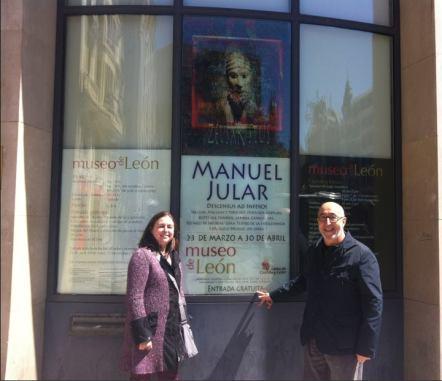 Manuel Jular con su hija Cristina, en el Museo de León. Foto: Teresa Jular.