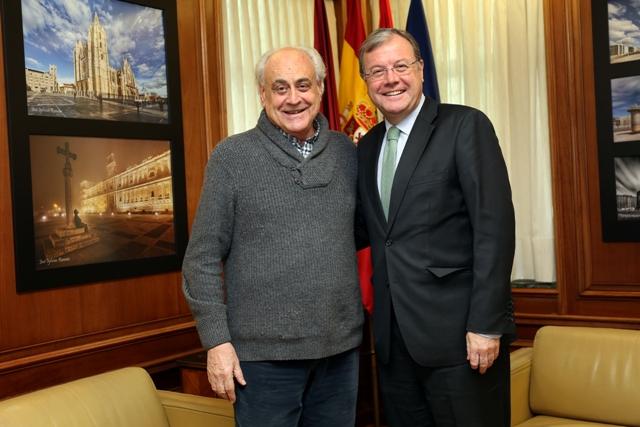 El alcalde de León, Antonio Silván con el director del Festival Internacional de Órgano, Samuel Rubio. Fotografía: César