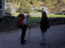 Día 1 de la caminata de Hamish Fulton. Salida de Soto de Sajambre, dirección Refugio de Vegabaño. Fotografía: FCAYC