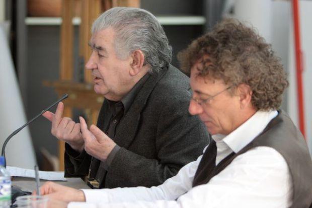 Antonio Gamoneda y Juan Carlos Mestre.