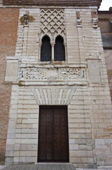 Portada Palacio Tordesillas.
