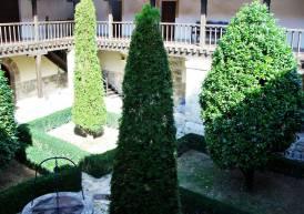 Claustro lateral Monasterio de Astudillo.