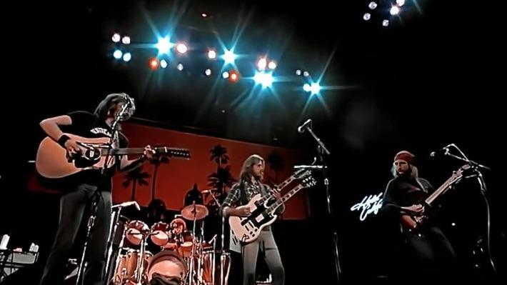 De las canciones que más se escuchaban en aquel 1977 tal vez sea el %27Hotel California%27 de los Eagles la que%2c 40 años después%2c mejor mantiene su encanto.jpg